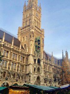 新市庁舎(Neues Rathaus)の塔
