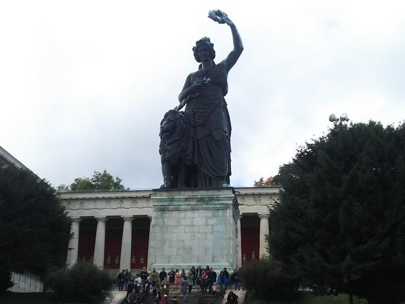 bavaria-statue